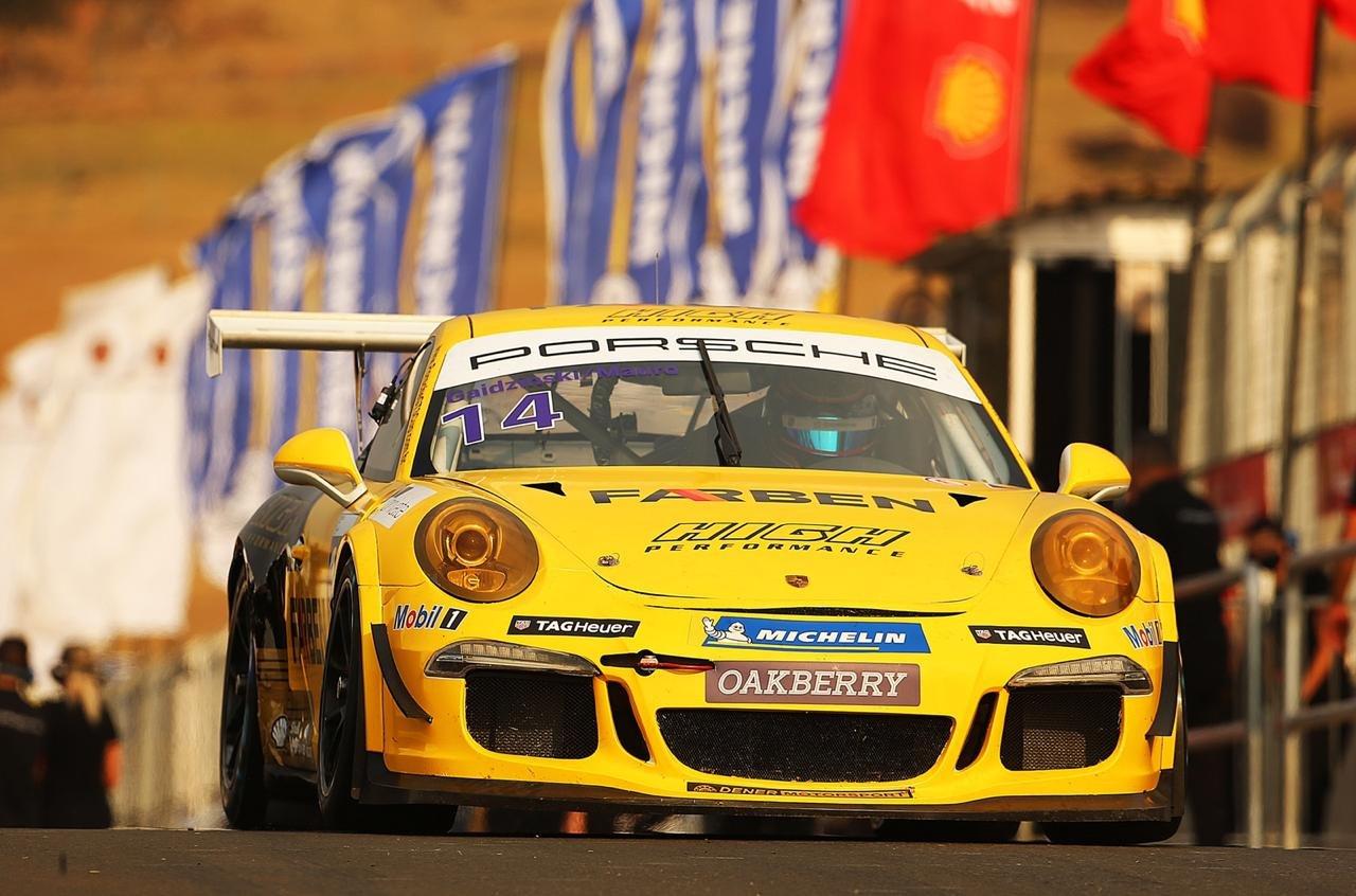 Catarinense fica em sexto lugar em prova de automobilismo de longa duração da Porsche Cup Brasil