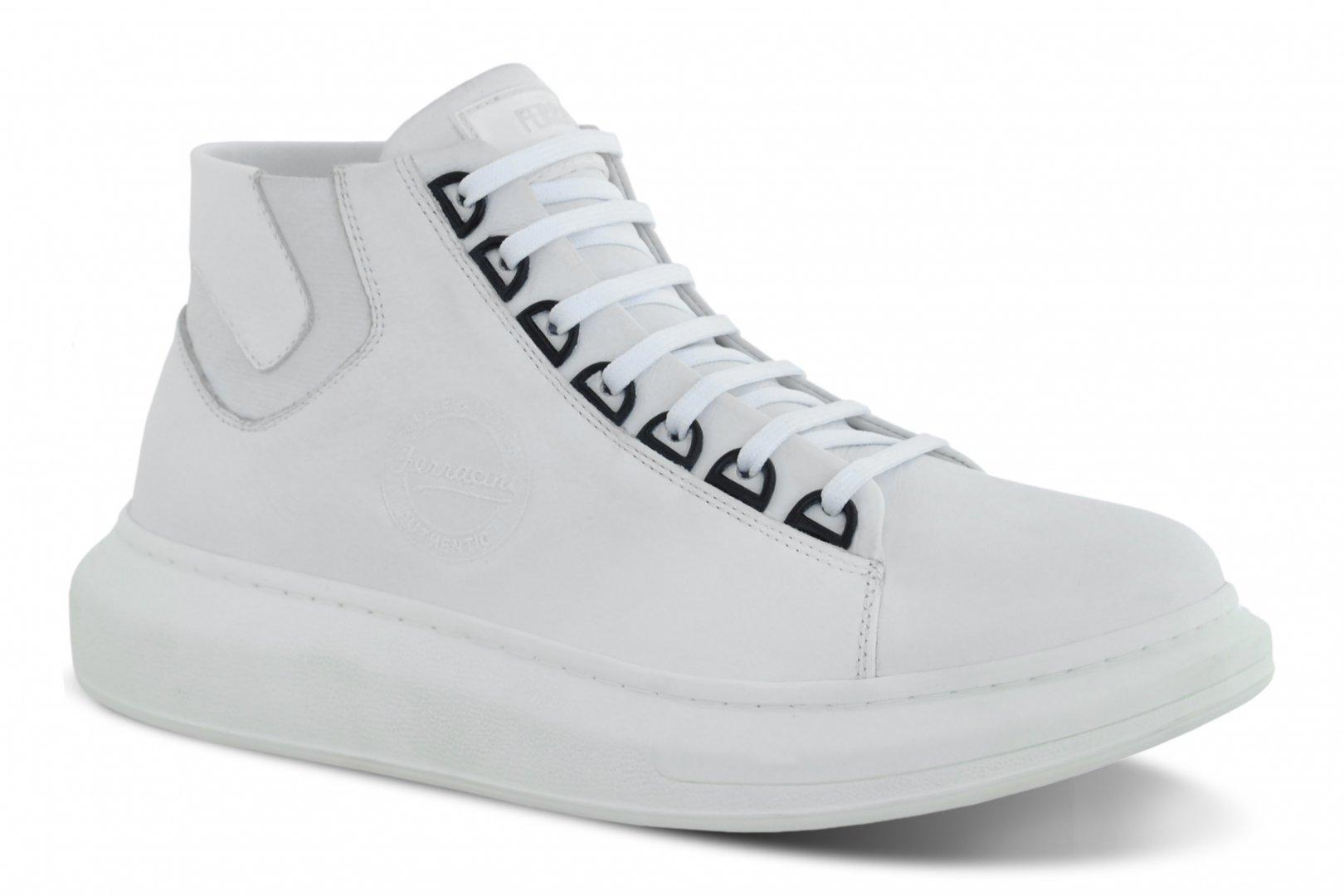 Couromoda 2020: Setor calçadista se rende ao conforto fashion pautado por mudança de comportamento do consumidor
