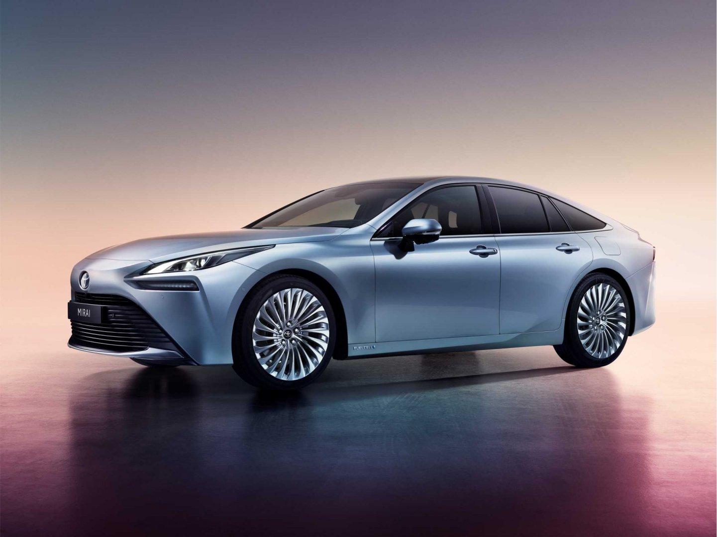Toyota avança para o futuro da mobilidade a hidrogénio com segunda geração do Mirai