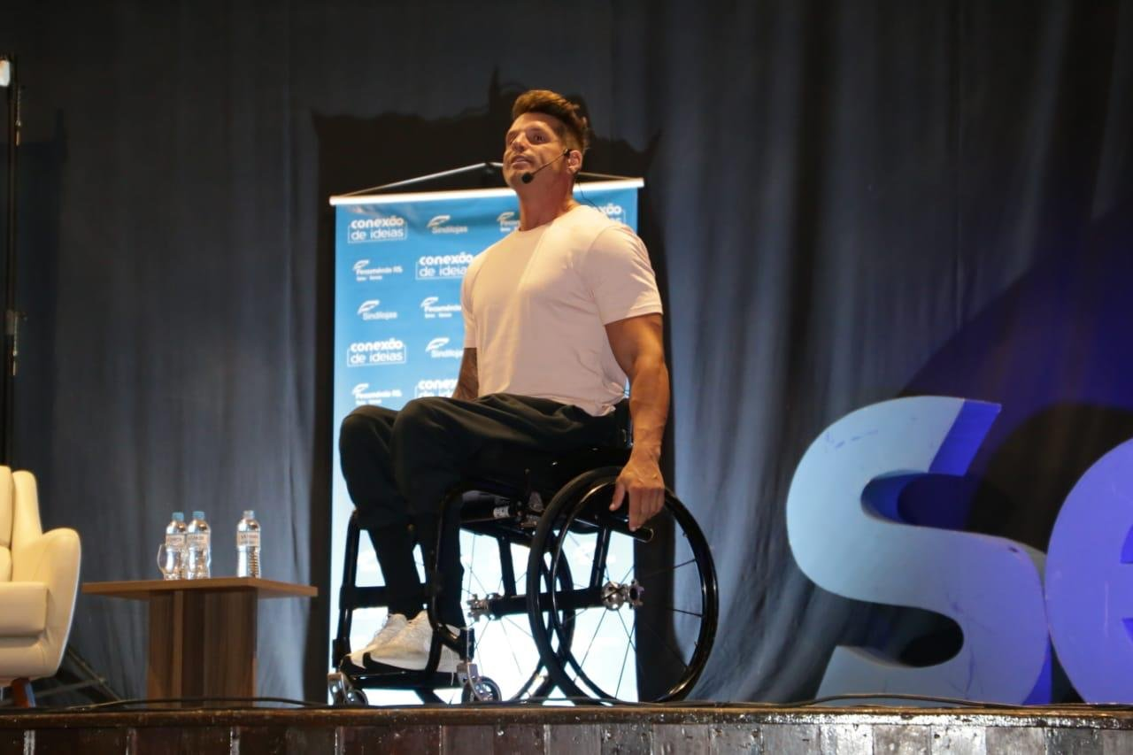 Atleta paraolímpico e tetracampeão mundial fará palestra no Alto Vale do Itajaí