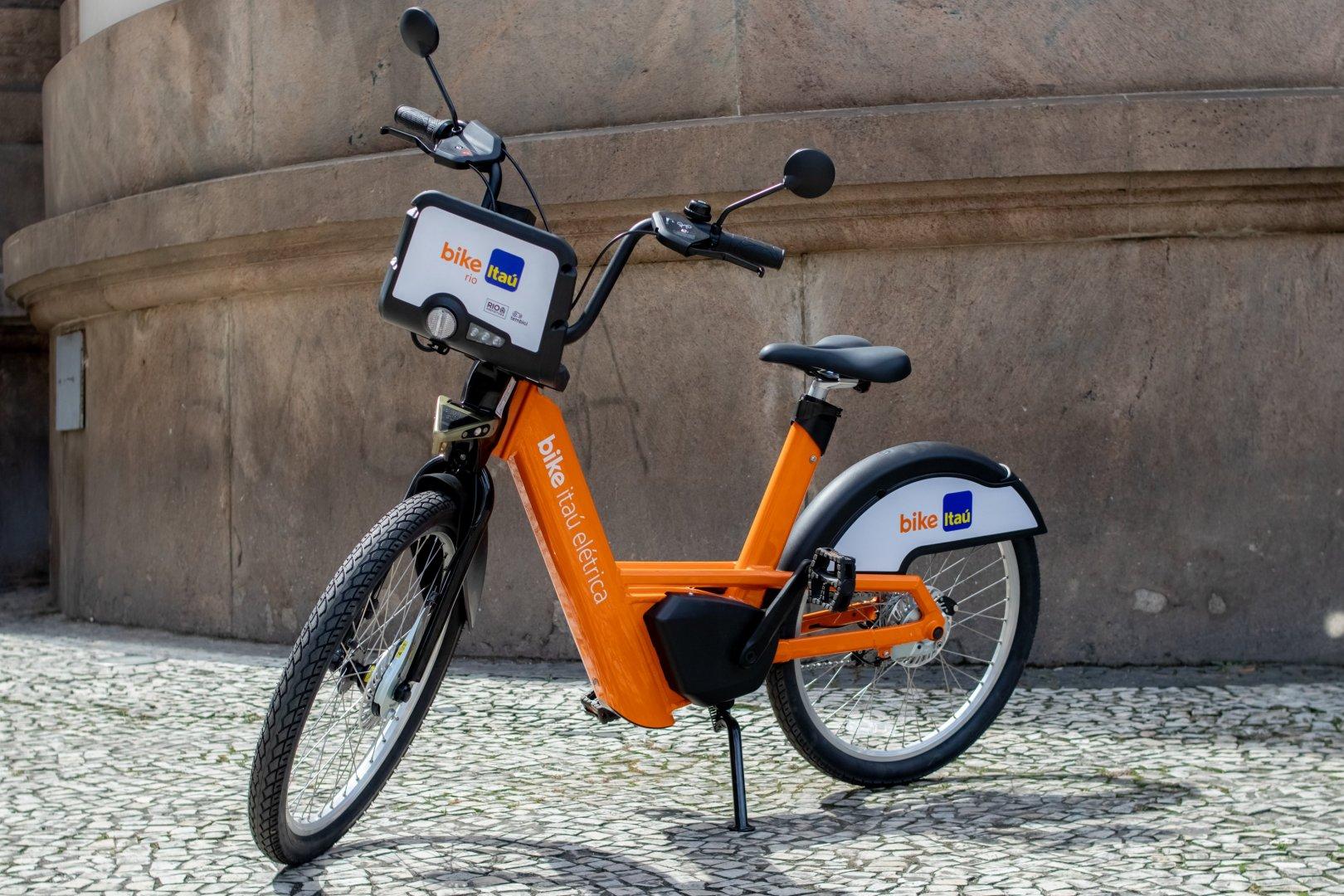 Tembici e Itaú Unibanco lançam maior projeto de bikes elétricas compartilhadas da América Latina