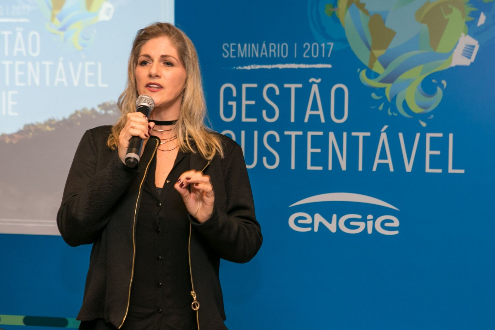 Adriana Prattes: A Neurociência como coadjuvante na desafiadora arte de liderar