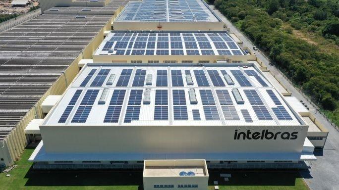 Intelbras inaugura maior usina fotovoltaica em telhado do Sul do Brasil