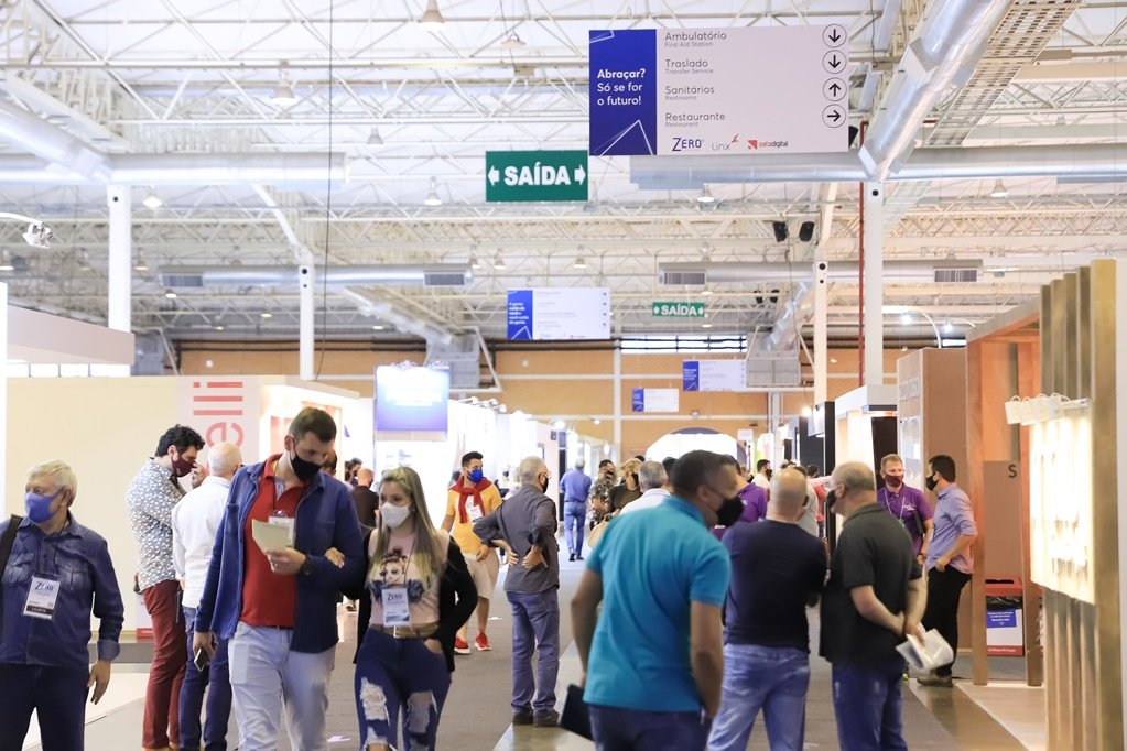 Primeira feira presencial de calçados este ano será em novembro, em Gramado(RS). 80% do pavilhão já está lotado