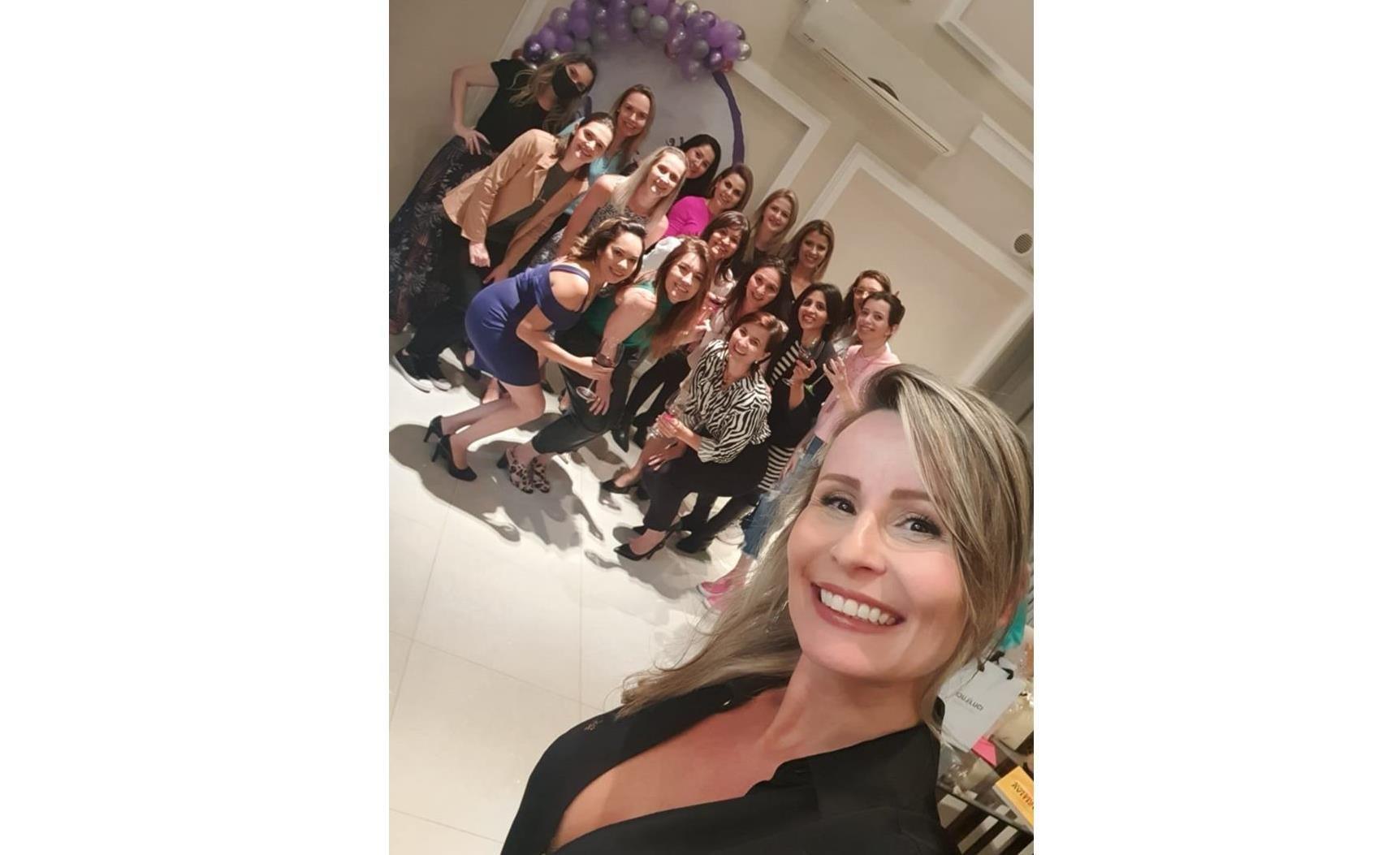 Clube da Luluzinha comemora o dia mundial do empreendedorismo feminino