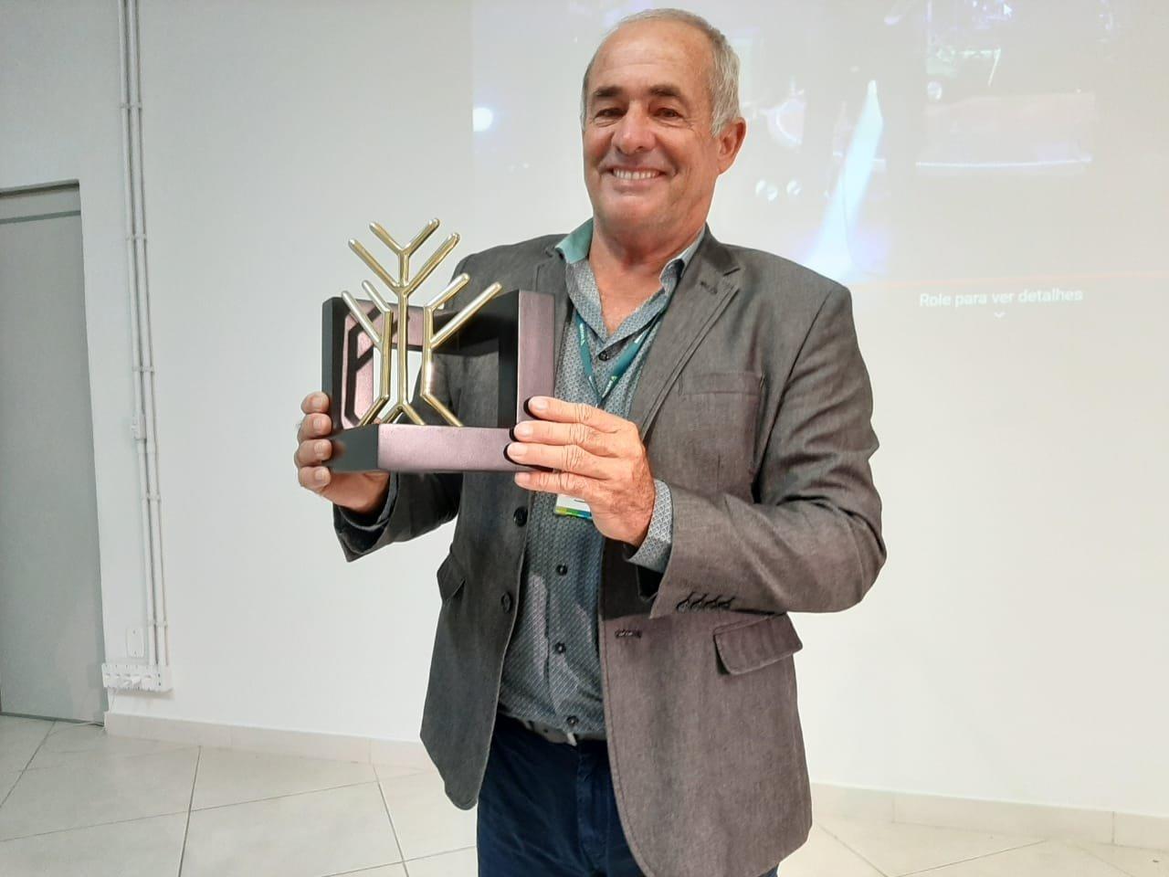 Sicoob Alto Vale é premiado com Troféu Sinergia
